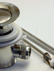 Automata leeresztő szelep fém